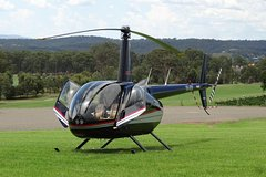 Imagen 3-Hour Hunter Valley Scenic Helicopter Tour Including 3-Course Lunch from Cessnock