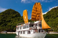 2-Day 1-Night Halong Bay Discovery Cruise from Hanoi