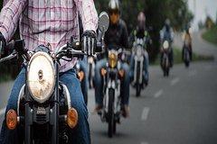 Fatehpursikri(Agra) tour by a Royal Enfield Bullet Motorcycle