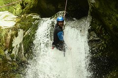 Imagen Wanaka Canyoning Adventure Including Lunch