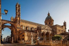 Markets and Monuments: Walking Tour in the Center of Palermo