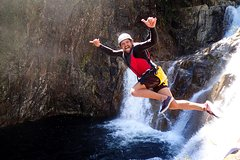 Imagen Behana Gorge Waterfalls Canyoning Tour from Cairns