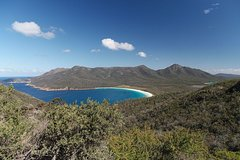 Imagen Private Wineglass Bay Day Trip from Hobart