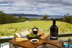 Imagen Private Channel and Huon Valley Food Trip - From Hobart