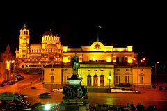 Imagen Sofia by Night Panoramic Tour with Dinner and Folklore Show