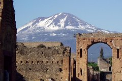 Private Full-Day Tour of Naples and Pompei from Rome