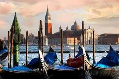 Private Venice Walking Tour and Gondola from Florence by Train