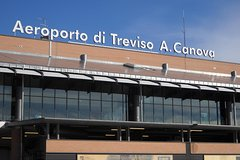 Private Treviso Airport Transfer to Venice Mestre or Cruise Terminal VTP