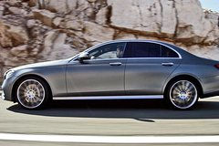 Imagen Arrival Private Transfer Valencia Airport to Valencia City in Business Car
