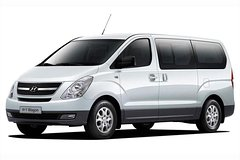 Imagen Departure Private Transfer: Quito City to Quito Airport (UIO) in a Minivan