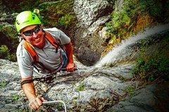 Imagen Intermediate Waterfall Climb from Wanaka (5 hours return)