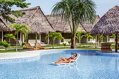 Imagen 2-Day Irapay Luxury Lodge Tour from Iquitos