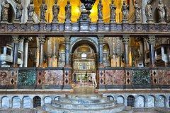 Venice: Gondola Ride and Golden Basilica Tour