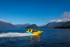 Imagen Pure Wilderness Jet Boat Tour through Fiordland