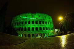 Imagen Self-Guided Irish Pubs in Rome Experience & Colosseum Ticket