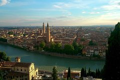 Verona and Lake Garda Tour from Milan