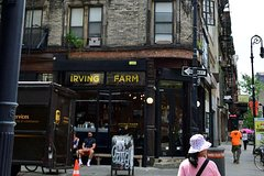 The East Side: Immigration and Foods of New York Private Walking Tour