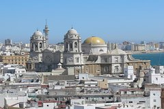 Imagen Jerez and Bay of Cadiz from Seville, Full Day Private Tour