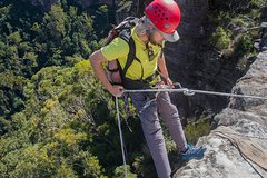 Imagen Small-Group Full-Day Abseiling Adventure from Katoomba