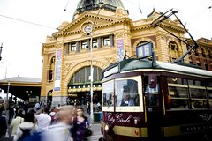 Imagen The Unique Melbourne City Tour - English Speaking Guide