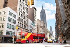 Super New York Package, Including Hop-on Hop-off Tour, Observatory, and Statue of Liberty
