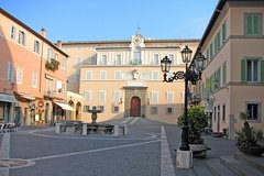 Italian Countryside Village Visit with Typical Food and Wine Tasting