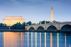 Washington DC Monuments by Moonlight Tour by Trolley