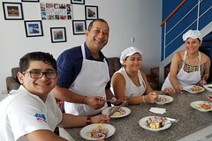 Imagen Private Cooking Class With a Local Family in Lima