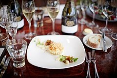Imagen Winery Tour and Tasting with Three Course Lunch