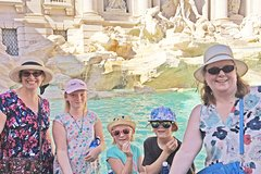 Trevi Fountain Pantheon and Piazza Navona Tour for Kids and Families