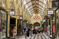 Imagen Half Day Small Group Guided Shopping Tour in Melbourne