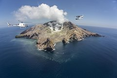 Imagen White Island Helicopter Flight and Volcano Walking Tour