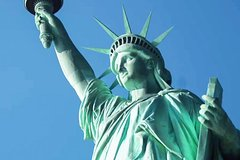 Private Statue of Liberty and Ellis Island Tour - with Pedestal & Reserve Access