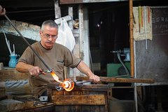 Up Close with Murano Glassblowing Demonstration