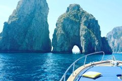 Capri Island Tour by Private Boat from Naples or Sorrento