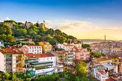 Imagen Excursión privada por la costa de Lisboa: Recorrido por la ciudad en monovolumen con degustación de comida y cata de vino