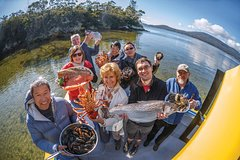 Imagen Fresh from the Ocean: Tasmanian Seafood Gourmet Full-Day Cruise Including Lunch
