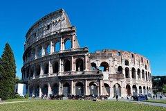 Luxury transfer from Rome to Civitavecchia via Colosseum and Roman Forum tour