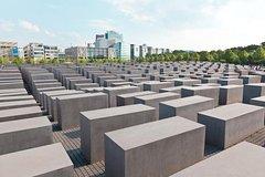 Imagen Visite privée à pied: sites de la Seconde Guerre mondiale et de la Guerre froide à Berlin