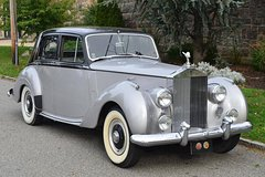 Rent a Car for Wedding: Rolls Royce Silver