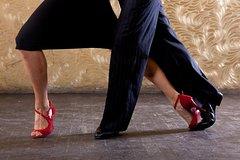 Imagen Cena y espectáculo de tango en Montevideo