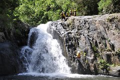 Imagen Small-Group Afternoon Canyoning Experience from Cairns or Port Douglas