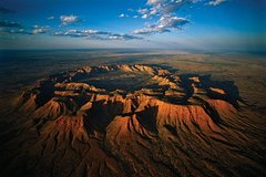 Imagen Fixed-Wing Scenic Flight from Ayers Rock Including Gosses Bluff, Kings Canyon, and Lake Amadeus