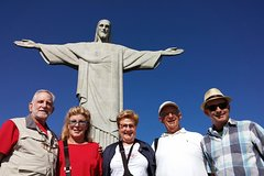 Imagen Share a Great Day in Rio with tickets to Christ and Lunch Included