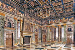 Skip-the-line Villa Farnesina and Raphael's Paintings private tour led by a local guide