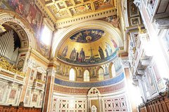 Imagen Rome Walking Tour of Holy Sites: Basilica of the Holy Cross in Jerusalem, San Giovanni in Laterano and Scala Santa