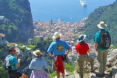 Pompeii and Amalfi Coast Small-Group Tour from Naples Train Station