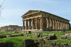 Skip the Line Private Tour of Paestum with a Local Guide