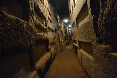 Private Guided Tour of Underground Rome Including the Capuchin Crypt and Catacombs