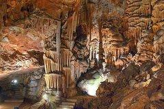 Imagen Excursion d'une journée aux grottes Ledenika et Saeva dupka au départ de Sofia